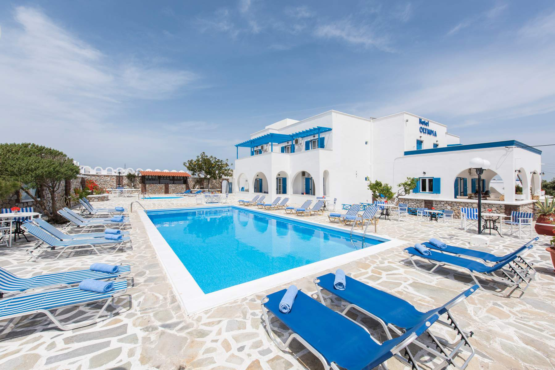 Enjoy Your Holiday in Santorini Greece Hotels
